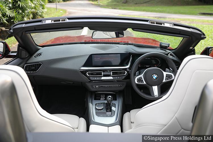 bmw z4 cockpit