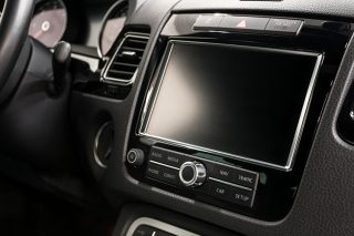 car touchscreens how to clean them