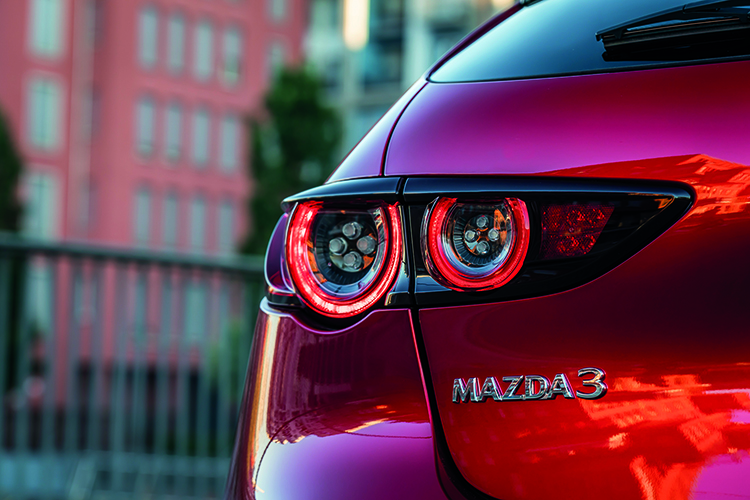 mazda 3 skyactiv-x tail-light