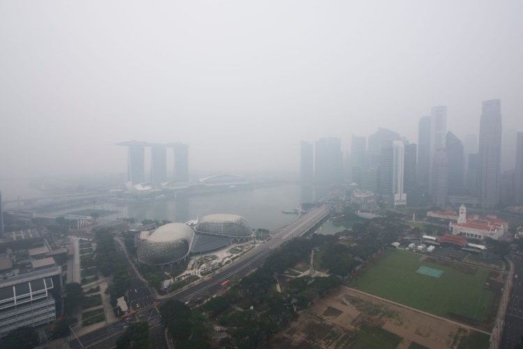 protect car against haze air pollution