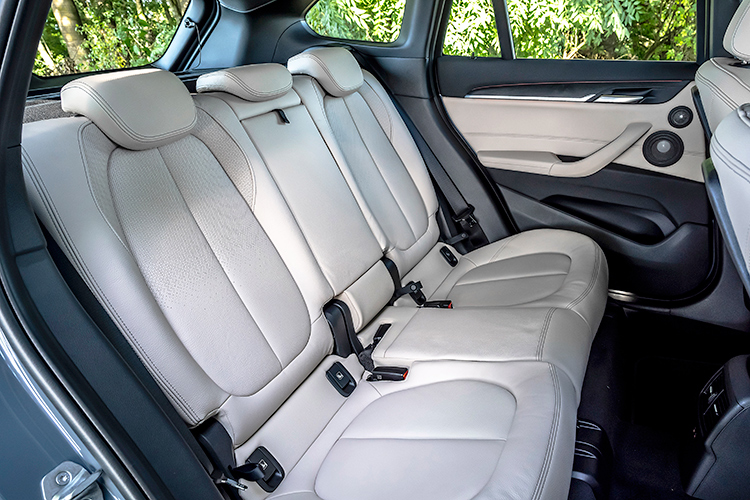 bmw x1 backseat
