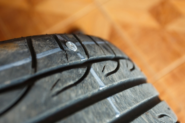 run-flat tyre nail puncture
