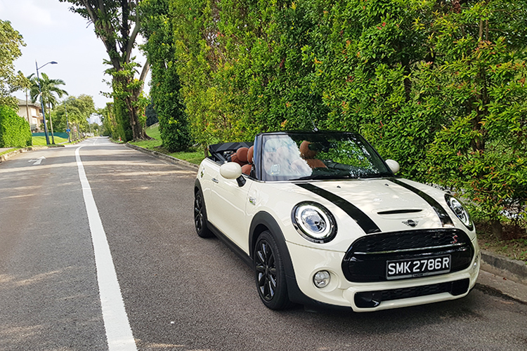 MINI Convertible main