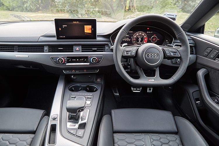 audi rs5 sportback cockpit