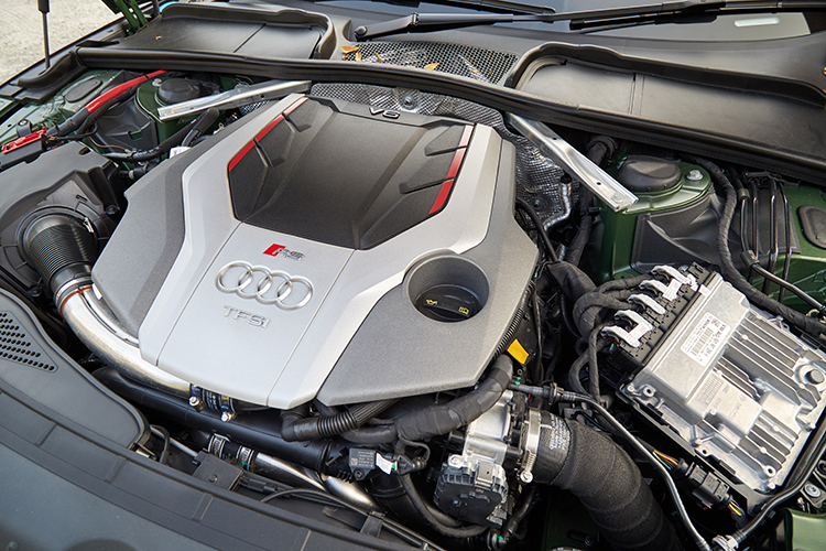 audi rs5 sportback engine