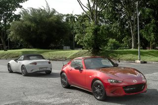 Mazda MX-5 RF takes on its soft-top sibling