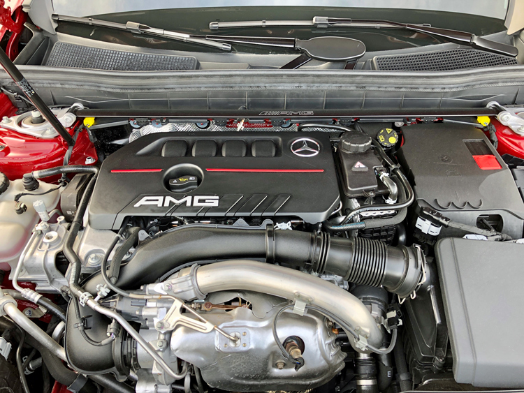 mercedes-amg glb35 4matic engine