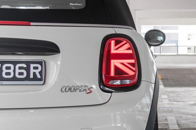 MINI Cooper S Convertible tail-lights