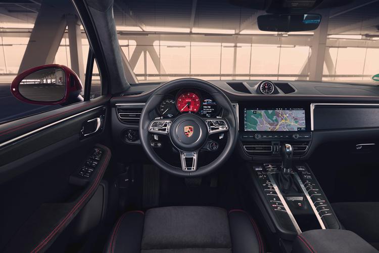 porsche macan gts cockpit