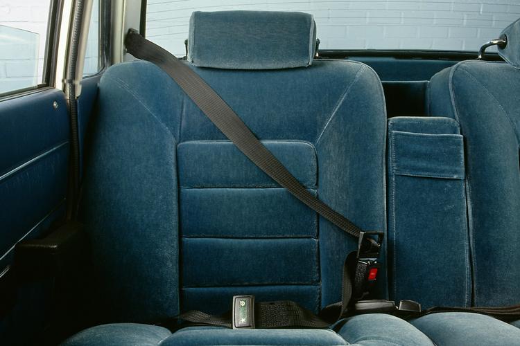 rear seat belts main