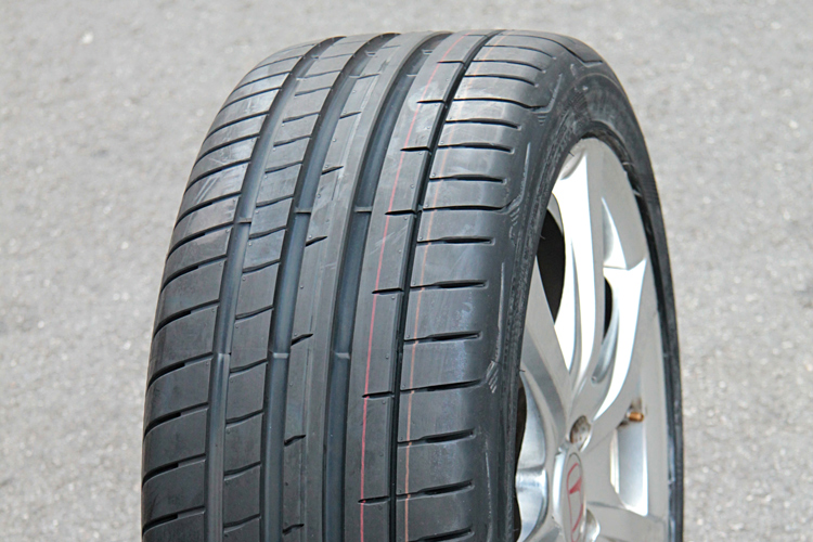 goodyear eagle f1 supersport on wheel
