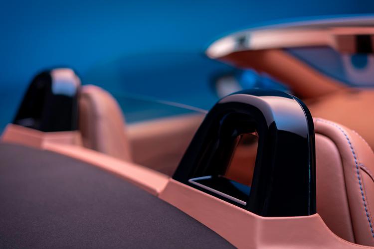 aston martin vantage roadster rollover bars