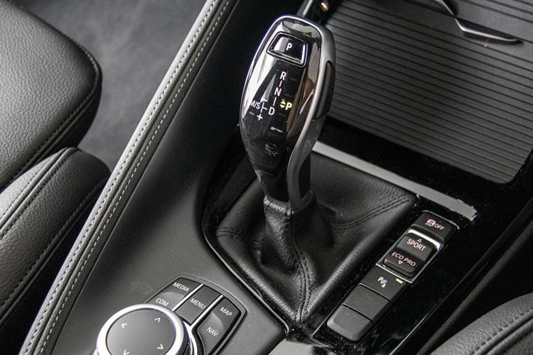 bmw x1 gearshift