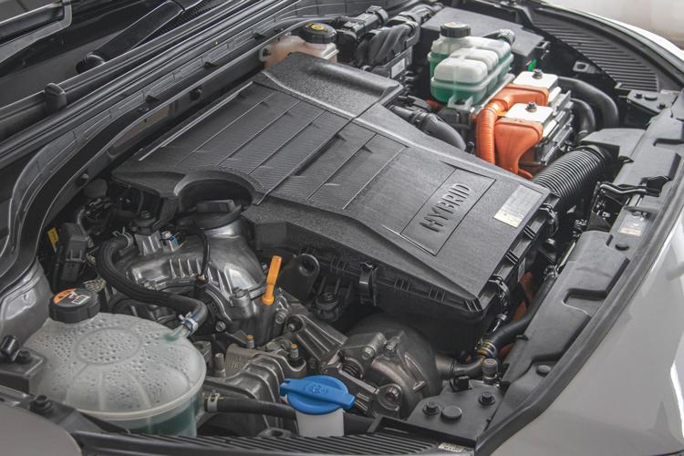 hyundai ioniq hybrid engine