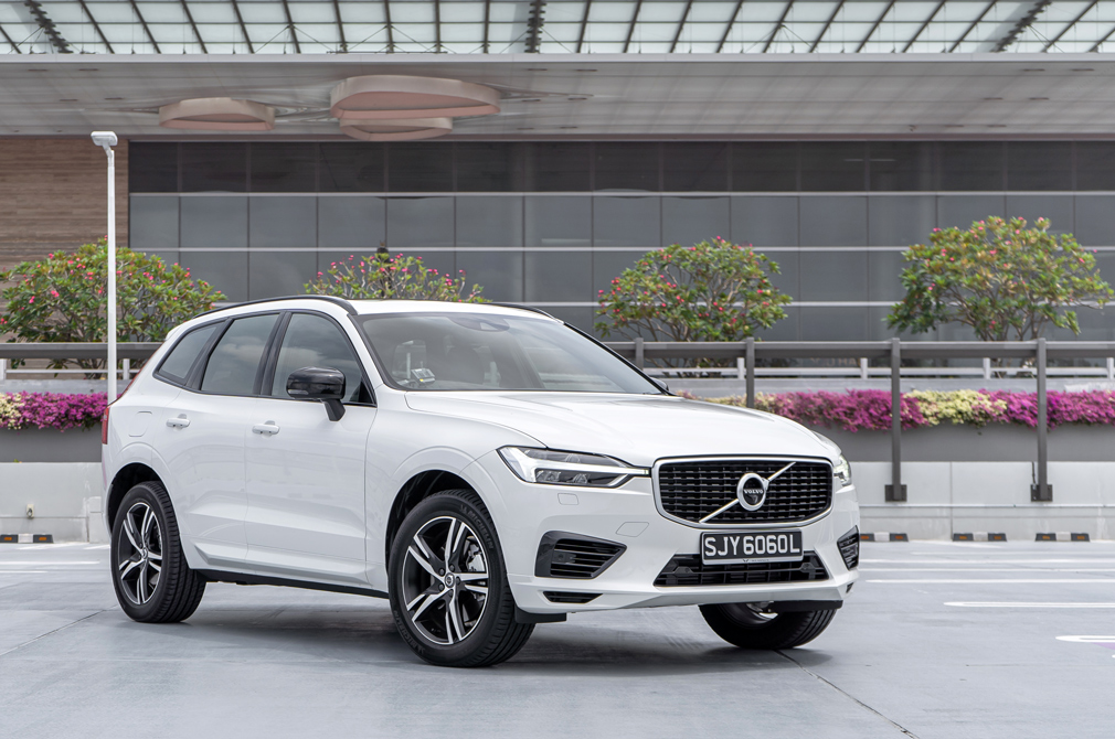 Volvo XC60 Recharge T8 Plug-in Hybrid review | Torque