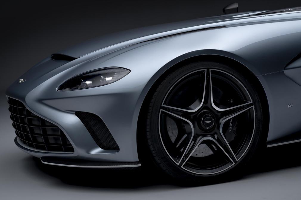 aston martin v12 speedster brakes wheels