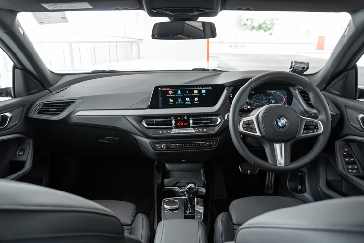 bmw 2 series gran coupe 218i cockpit