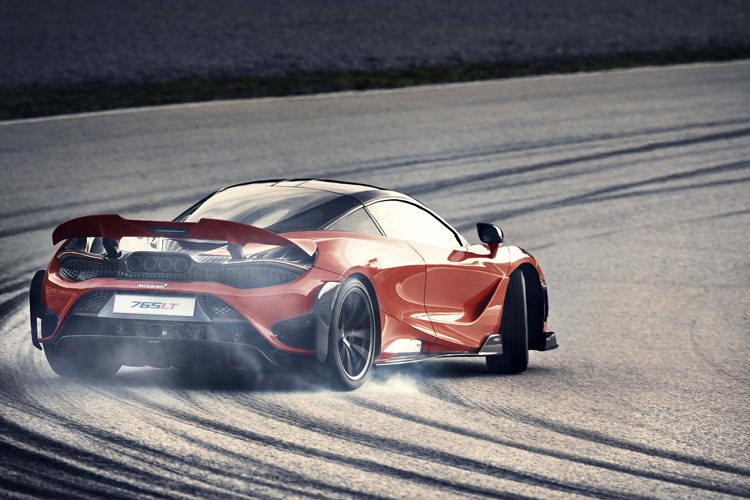 mclaren 765lt rear drift