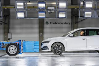 skoda crash lab