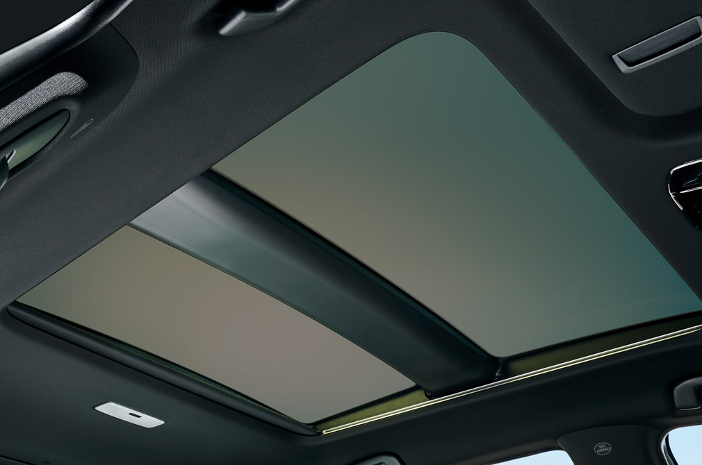 Toyota Harrier panoramic roof