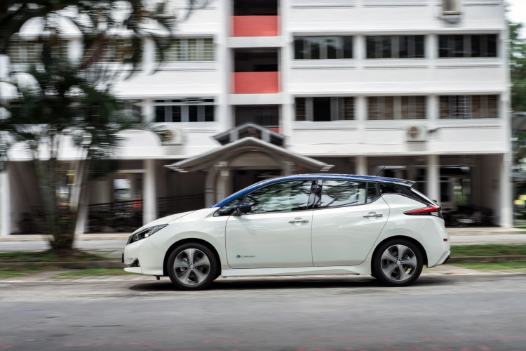 Electric cars - Nissan Leaf