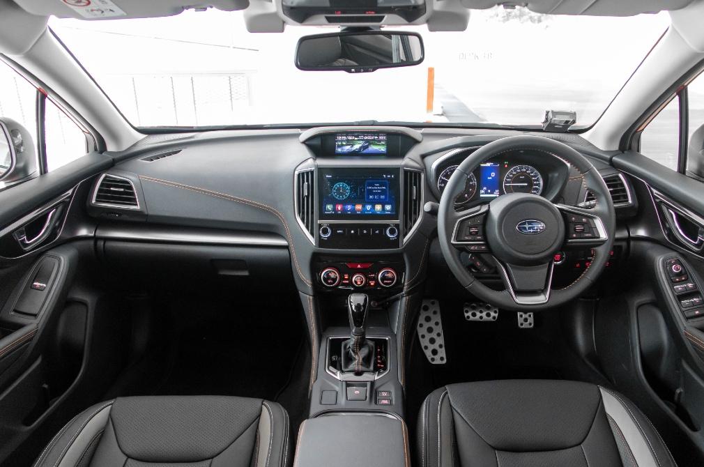 subaru xv gt edition cockpit