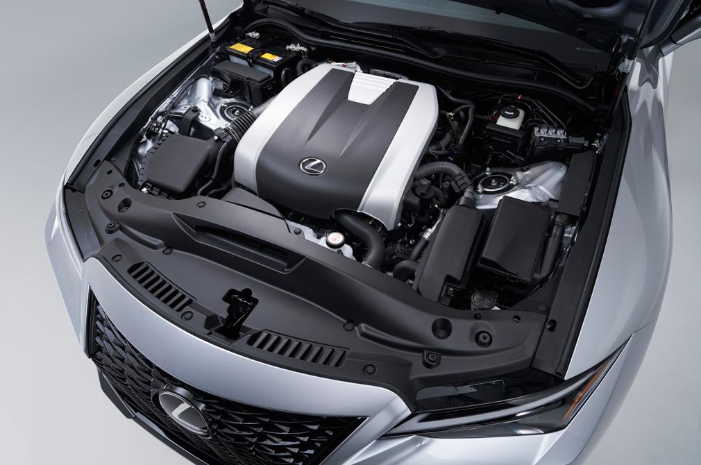 Lexus IS engine