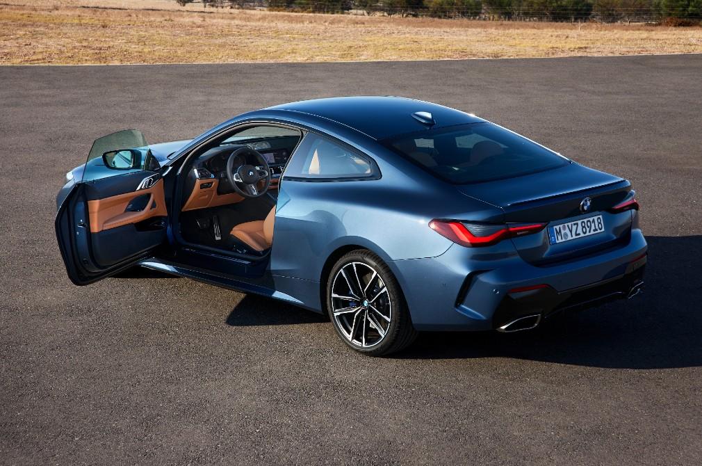 bmw 4 series coupe door open