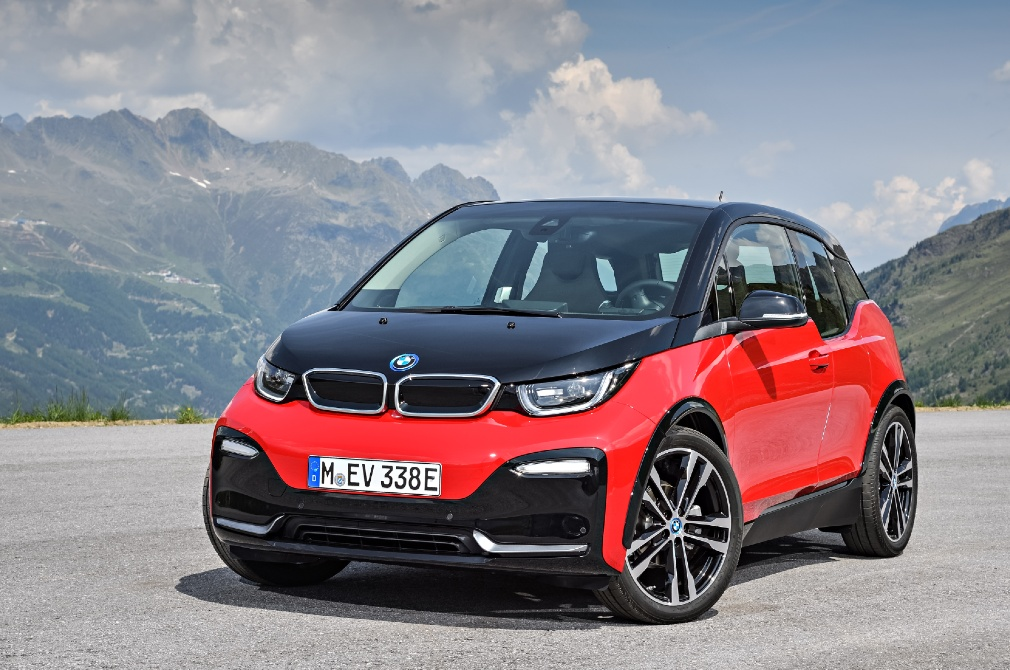 BMW i3s static front