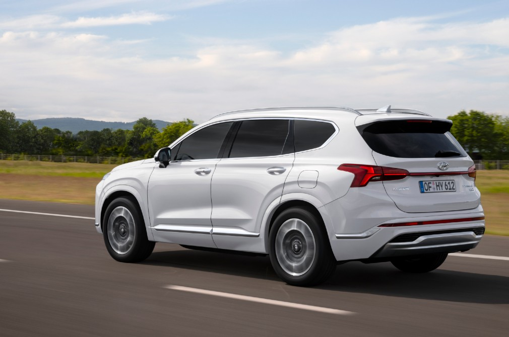 hyundai santa fe rear tracking