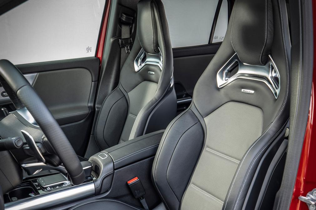 Mercedes-AMG GLA35 interior