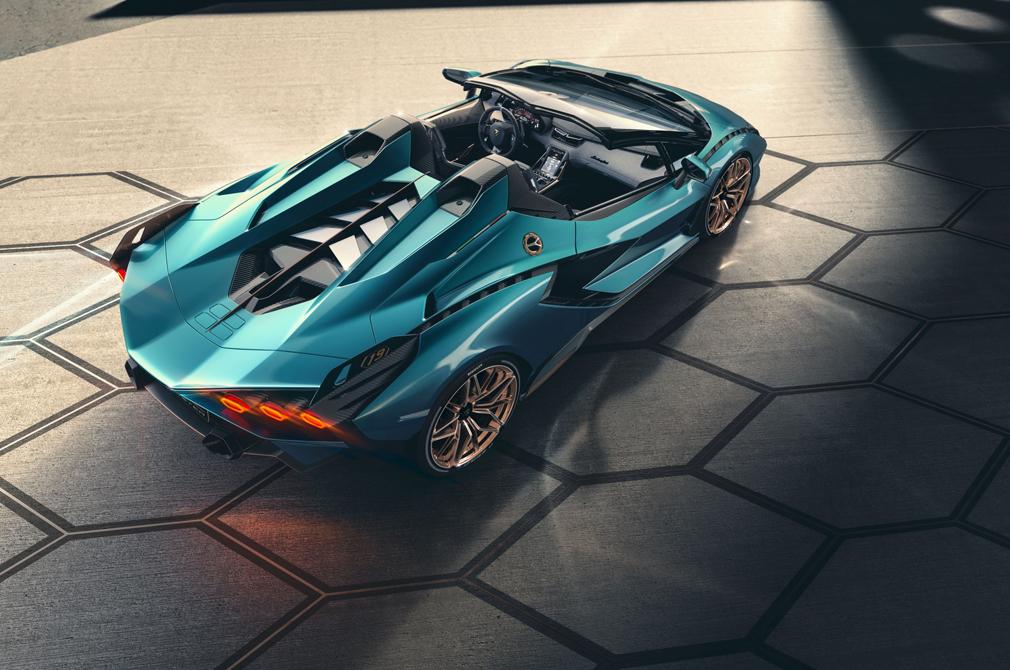 Lamborghini Sian Roadster top down