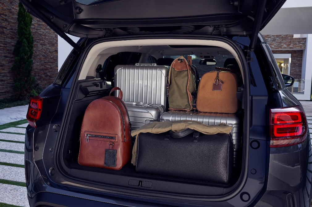 buying an SUV cargo space
