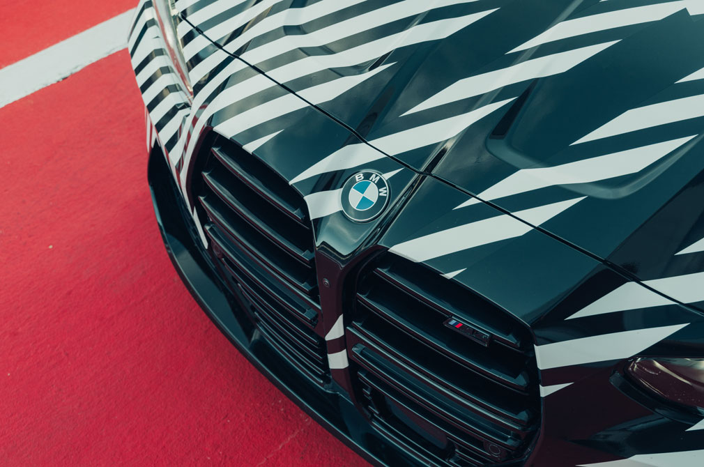 BMW M4 Coupe grille