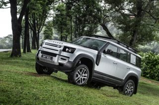 Land Rover Defender Torque Honours Best Off-Roader