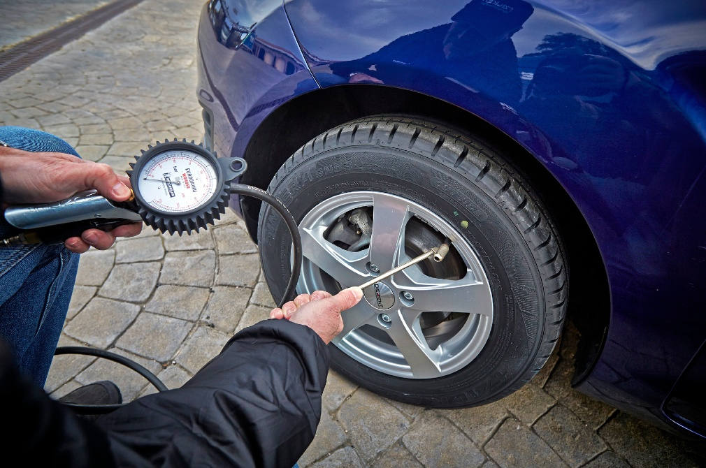 tyres correct pressures