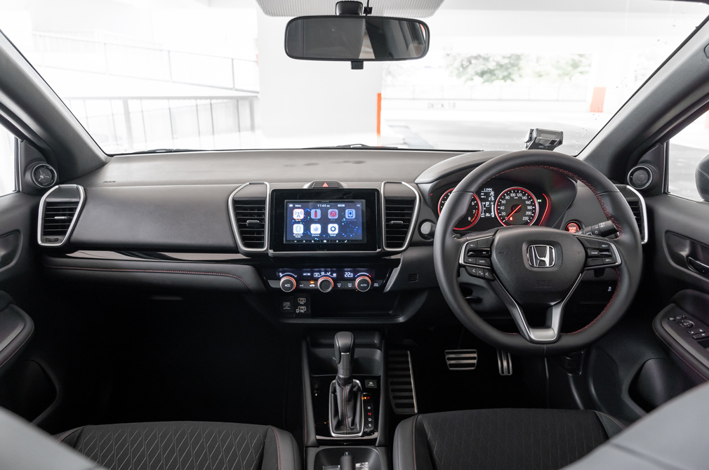 Honda City cockpit