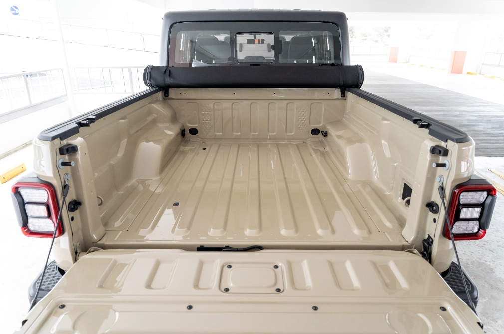 jeep gladiator flat bed