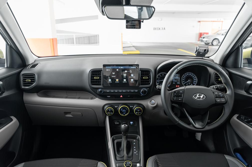 hyundai venue s cockpit