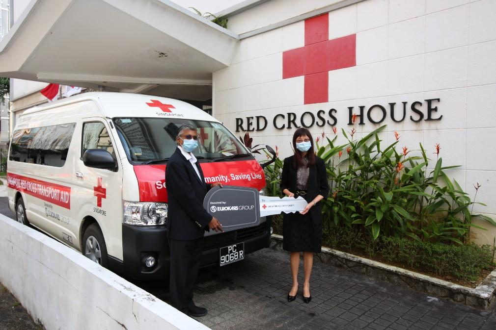 Eurokars Group donates transporter to SRC