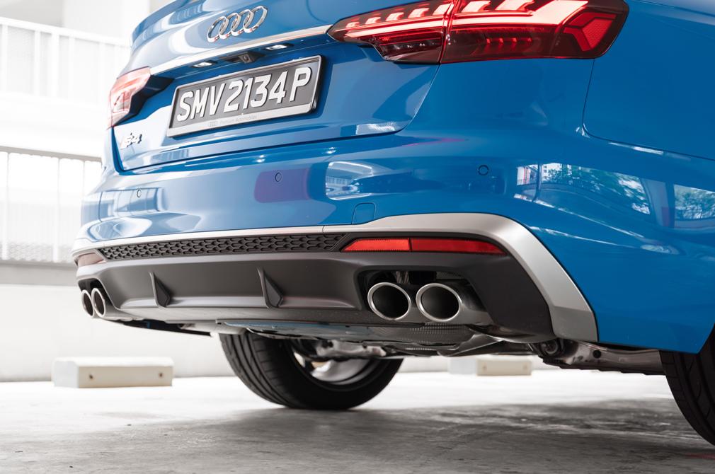 Audi S4 quad exhausts