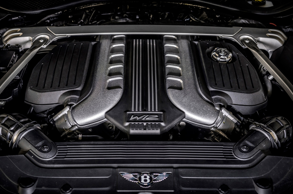 Bentley Continental GT Speed engine