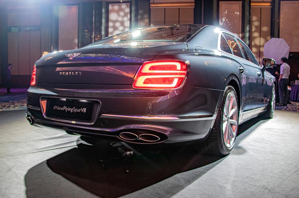 Bentley Flying Spur V8 rear angle
