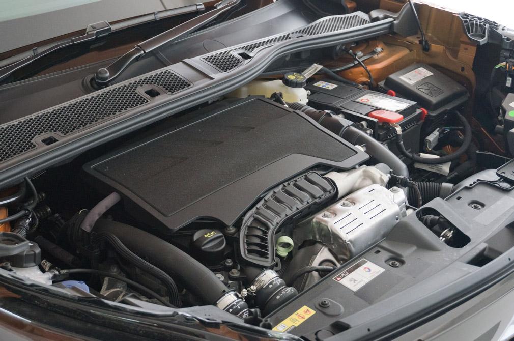 peugeot 2008 gt engine