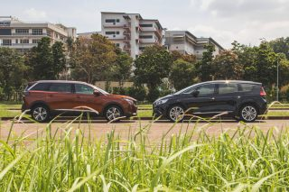 Peugeot 5008 takes on the Renault Grand Scenic