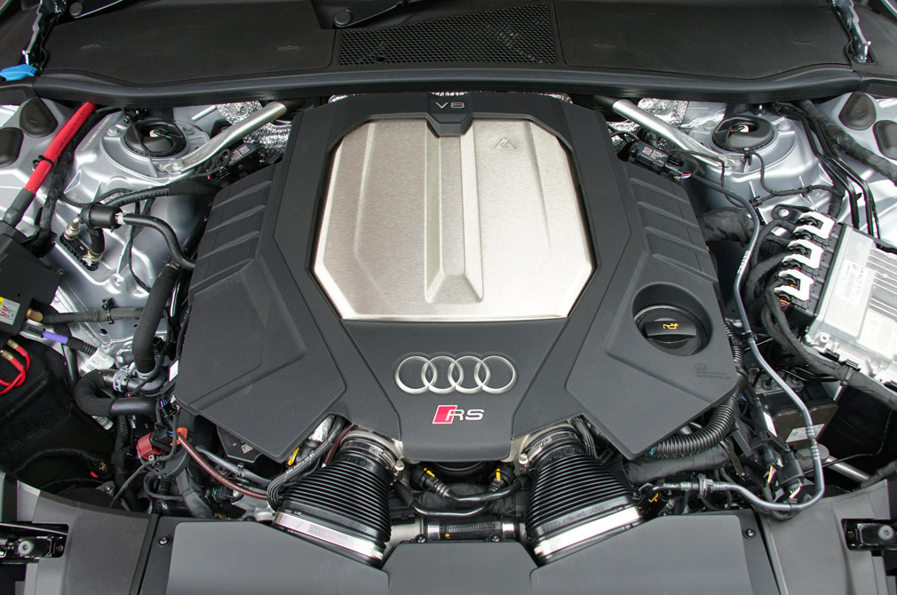 audi rs7 sportback v8 engine